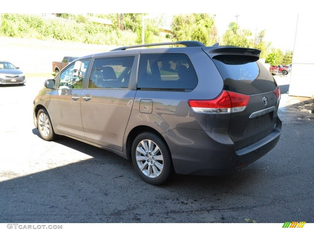 2012 Sienna Limited AWD - Predawn Gray Mica / Light Gray photo #4