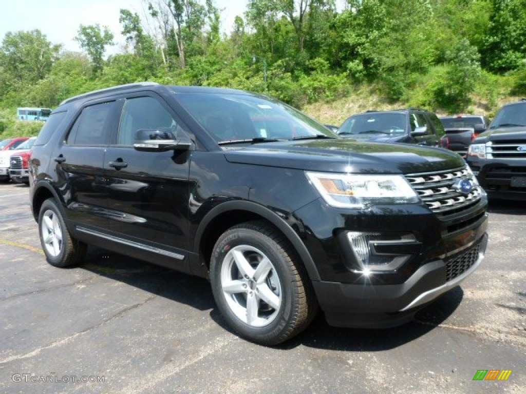 Shadow Black Ford Explorer