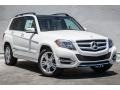 Front 3/4 View of 2015 GLK 350