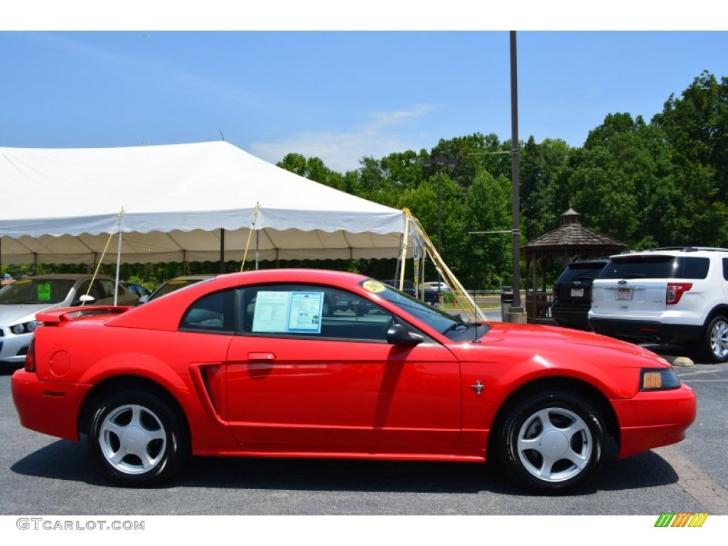 2002 Mustang V6 Coupe - Laser Red Metallic / Dark Charcoal photo #2