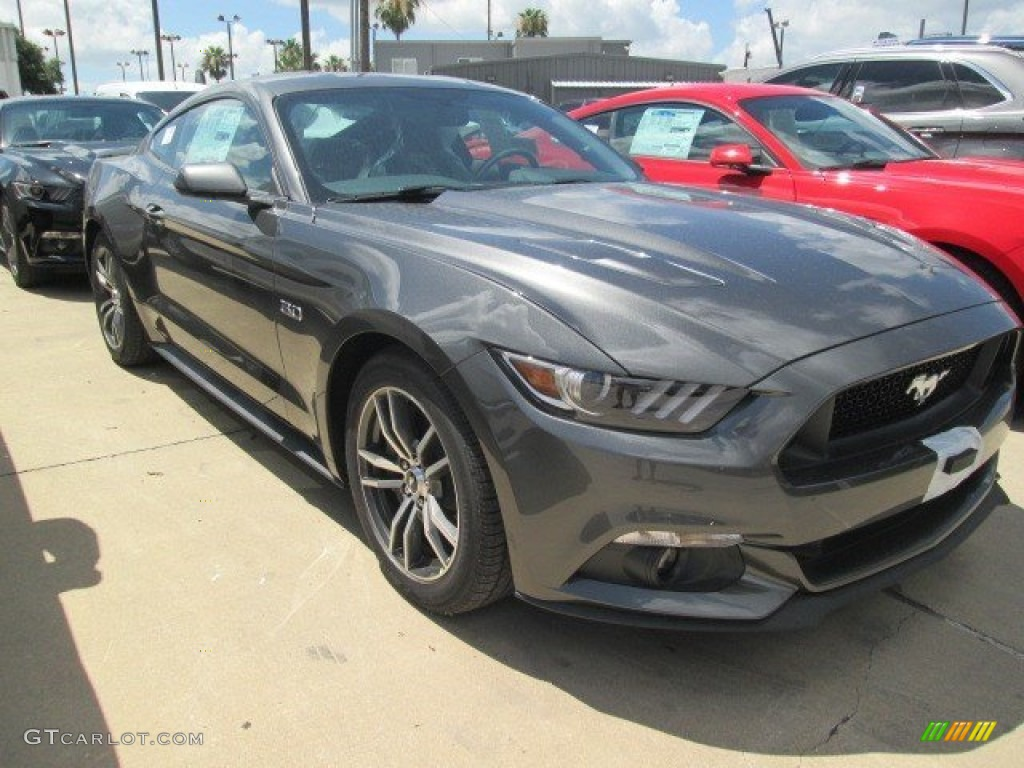 2015 magnetic metallic ford mustang gt coupe 105250823 gtcarlot