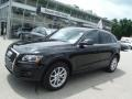 Brilliant Black 2012 Audi Q5 2.0 TFSI quattro