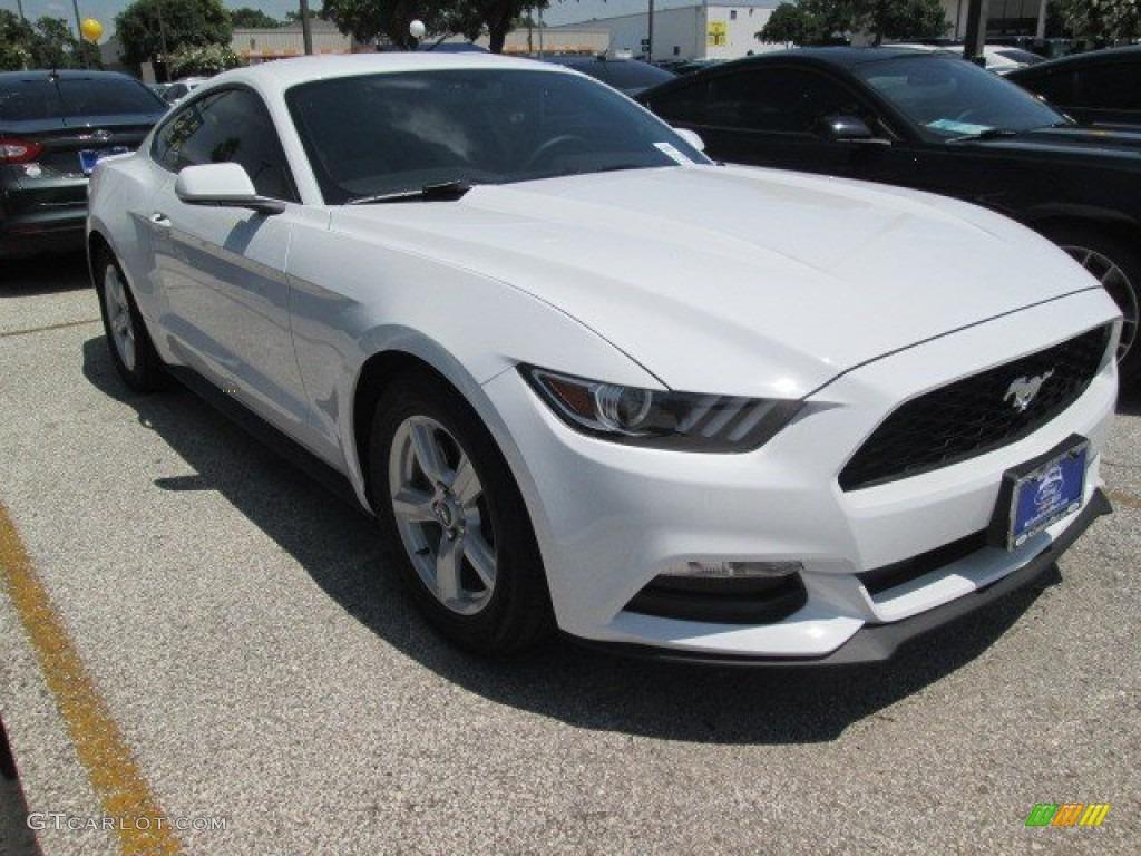 2015 Mustang V6 Coupe - Oxford White / Ebony photo #1