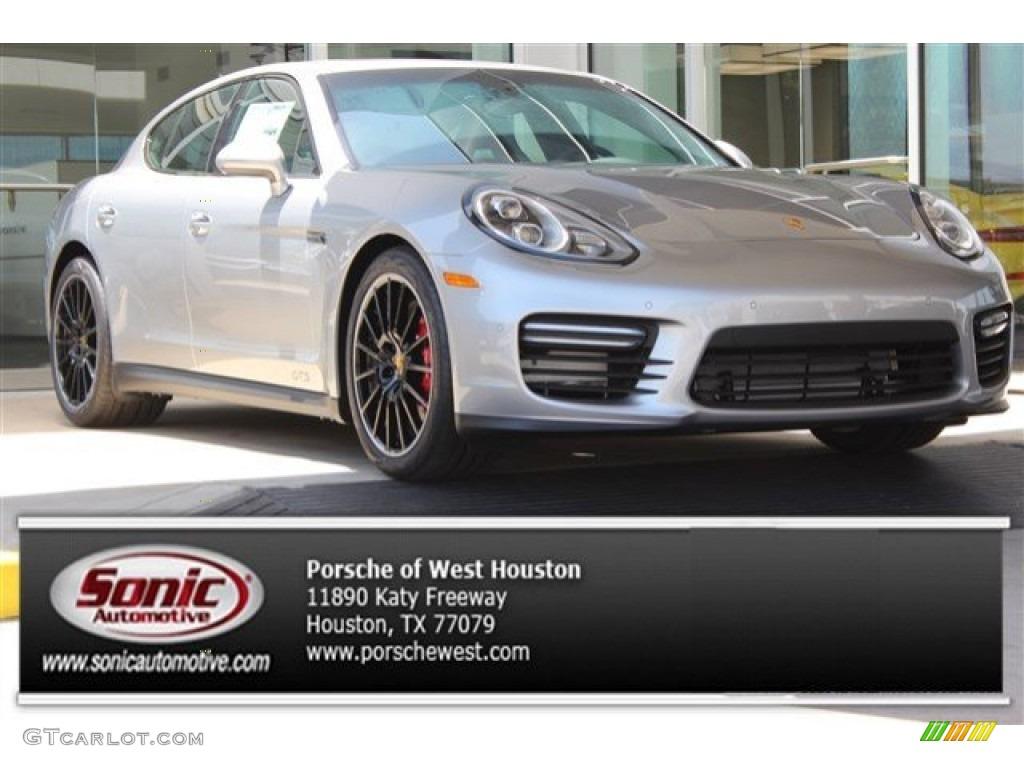 GT Silver Metallic Porsche Panamera