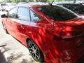2015 Race Red Ford Focus SE Sedan  photo #3