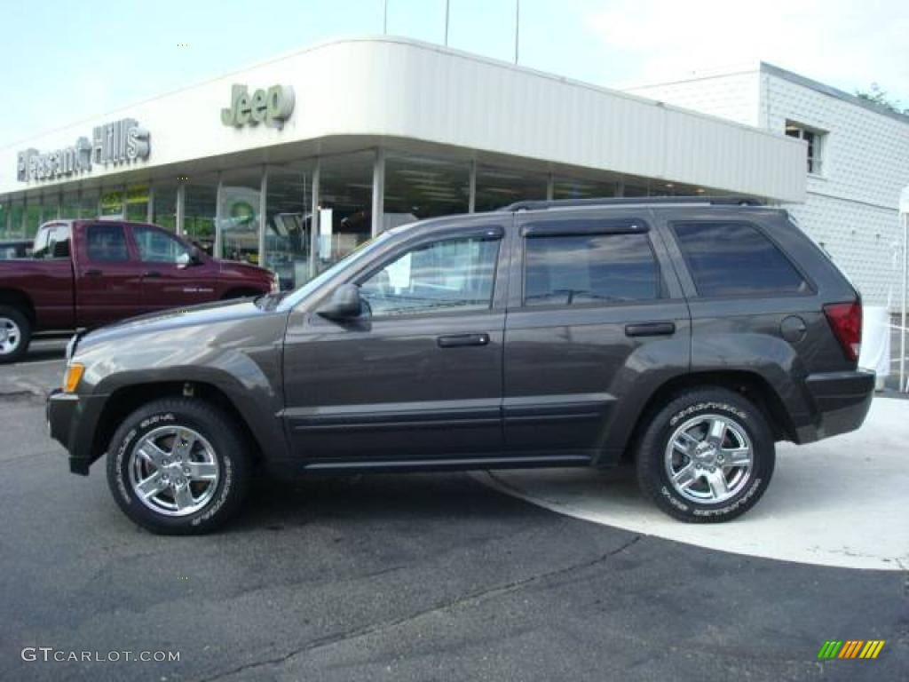 2006 jeep grand cherokee laredo 4x4 dark khaki pearl color khaki. Cars Review. Best American Auto & Cars Review