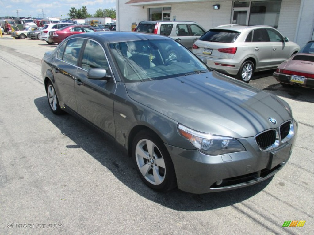 Olivin green metallic bmw 5 series