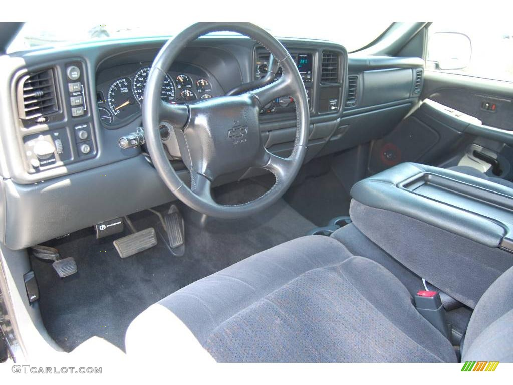 2002 Silverado 1500 LS Regular Cab 4x4 - Onyx Black / Graphite Gray photo #10