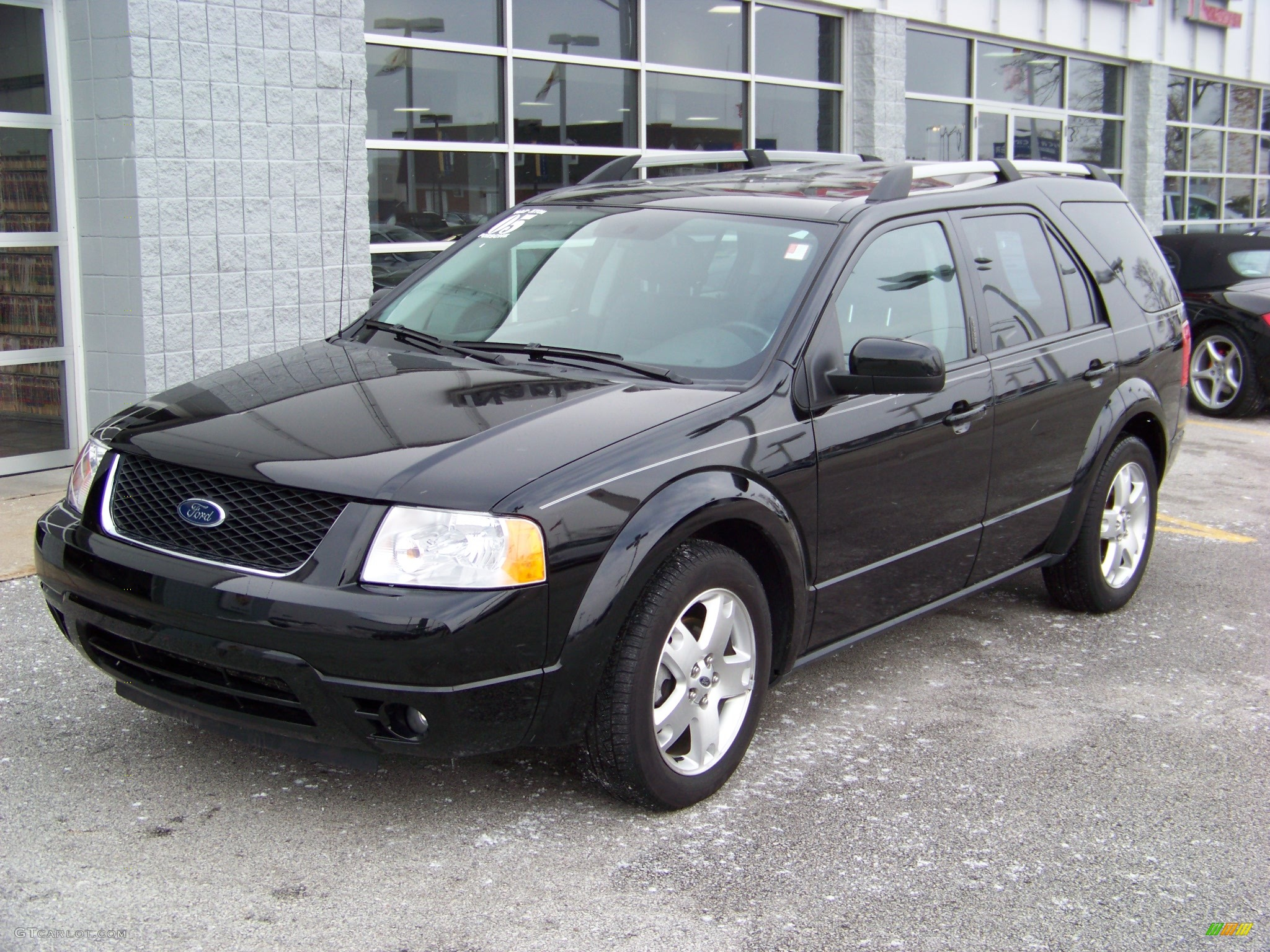 Black ford freestyle