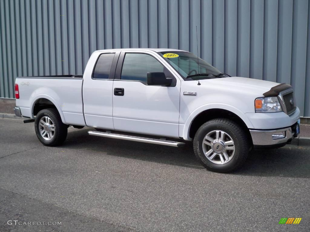 2005 Oxford White Ford F150 Lariat Supercab 4x4 10675445