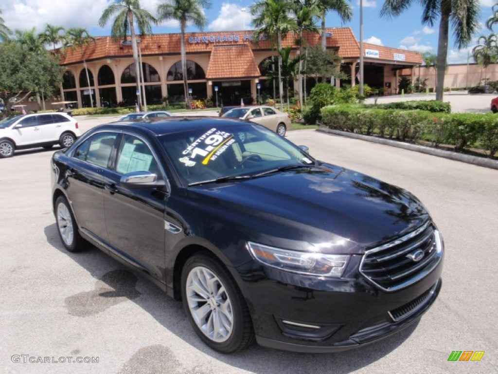 2015 tuxedo black metallic ford taurus limited 107106582 photo 32 car color. Black Bedroom Furniture Sets. Home Design Ideas
