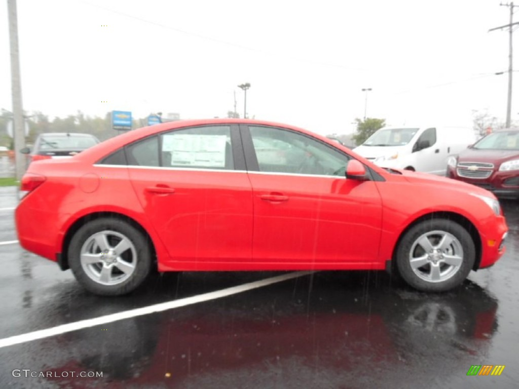 2016 Cruze Limited LT - Red Hot / Jet Black photo #4
