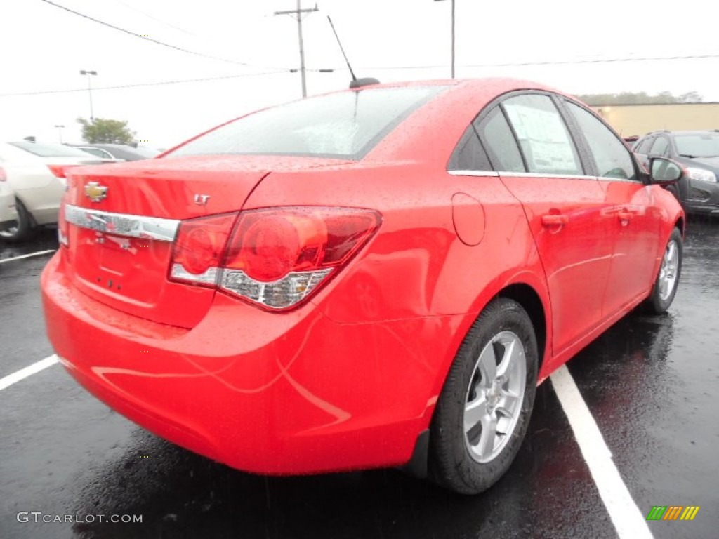 2016 Cruze Limited LT - Red Hot / Jet Black photo #5