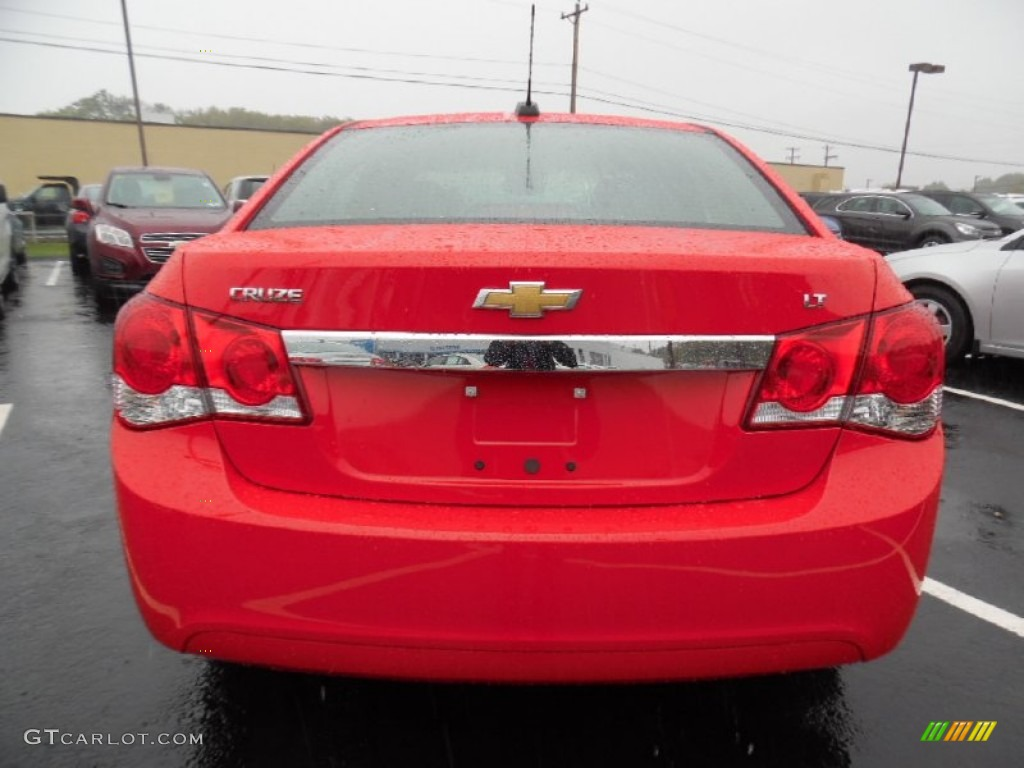 2016 Cruze Limited LT - Red Hot / Jet Black photo #6