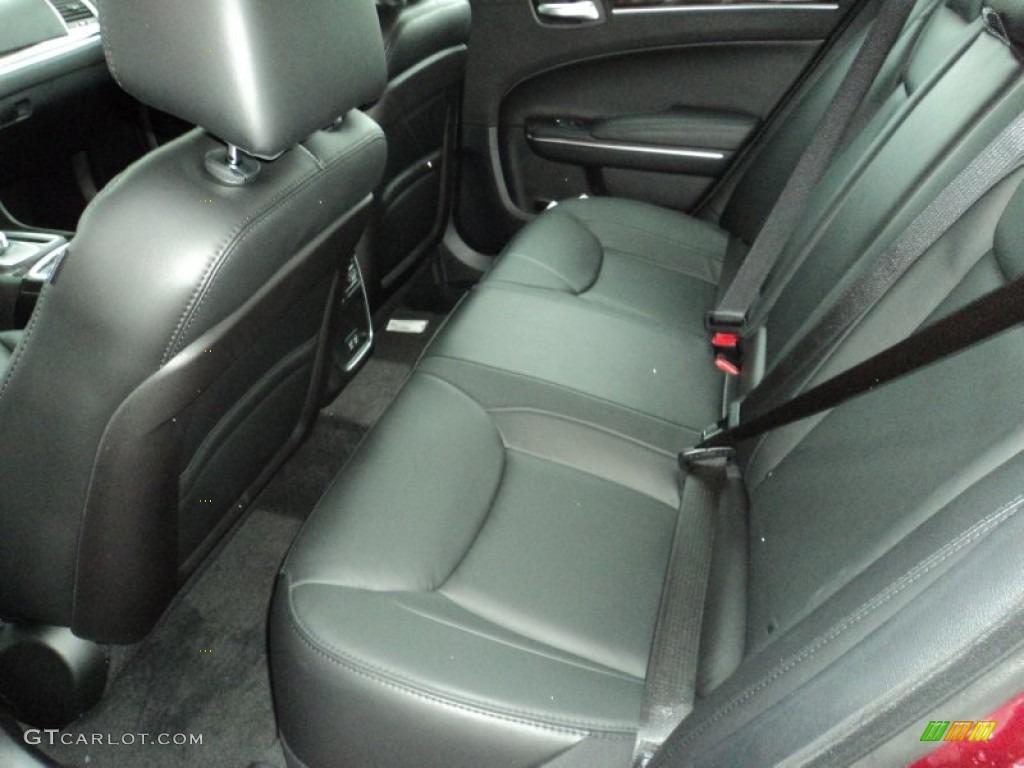 Black Linen Interior 2016 Chrysler 300 Limited Photo 107643359