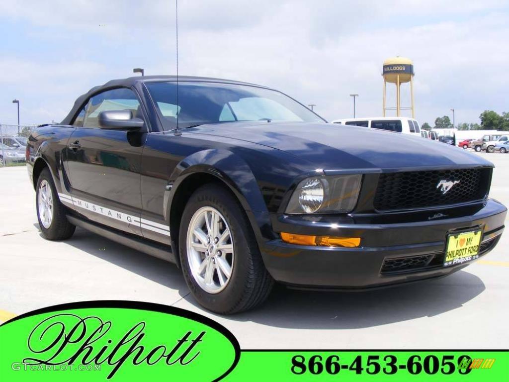 2007 Mustang V6 Deluxe Convertible - Black / Dark Charcoal photo #1