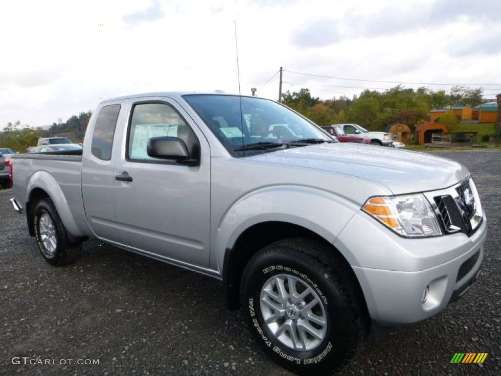 Brilliant Silver 2016 Nissan Frontier Sv King Cab 4x4 Exterior Photo 107889159