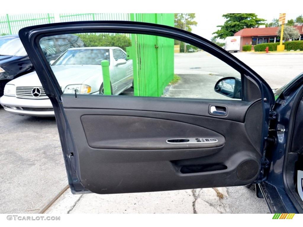 2009 Pontiac G5 Standard G5 Model Door Panel Photos