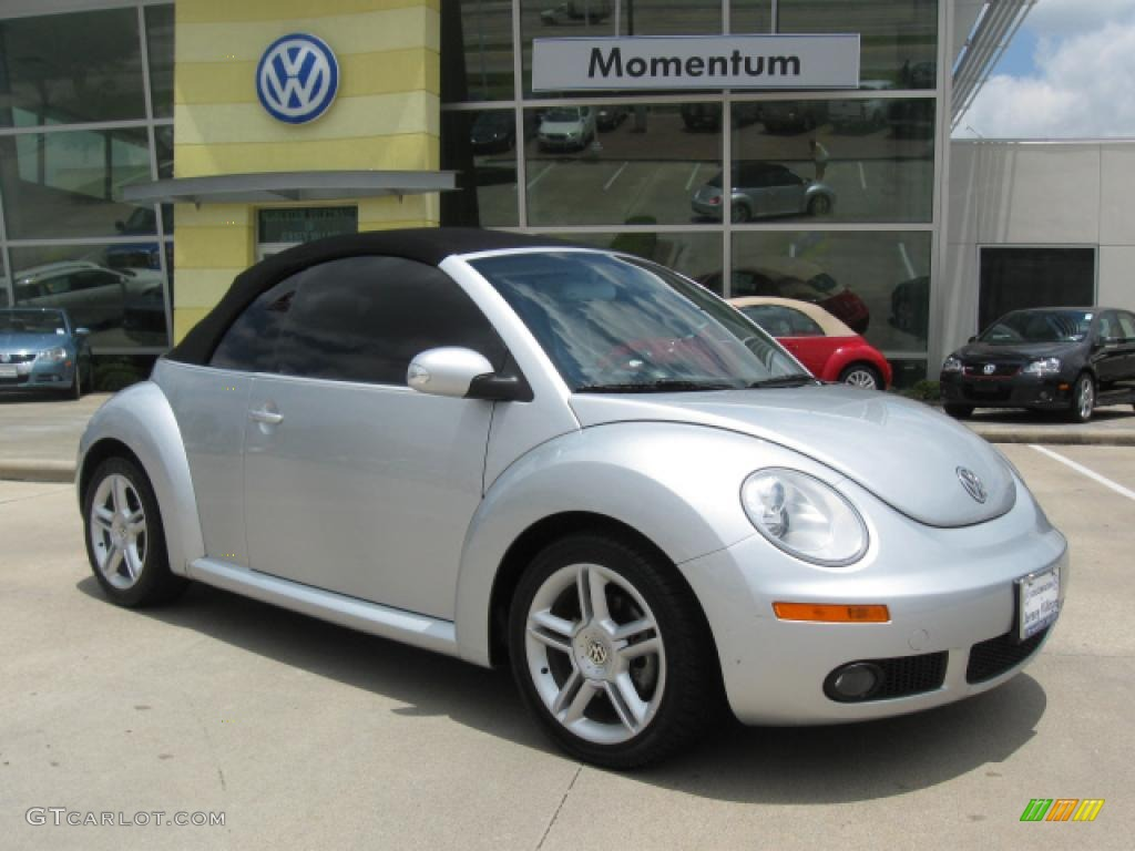 2006 reflex silver volkswagen new beetle 2 5 convertible 10787649 car color. Black Bedroom Furniture Sets. Home Design Ideas