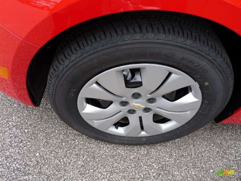 2016 Chevrolet Cruze Limited LS Wheel Photos