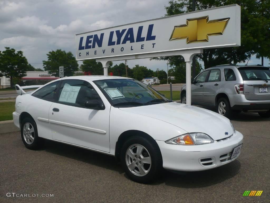 2002 bright white chevrolet cavalier ls coupe 10782100 gtcarlot com car color galleries gtcarlot com