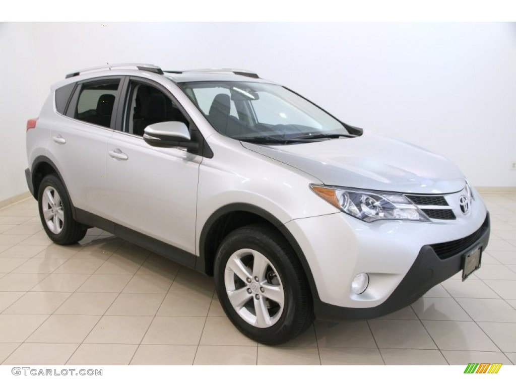 2013 classic silver metallic toyota rav4 xle awd 108048062 photo 8 car color. Black Bedroom Furniture Sets. Home Design Ideas