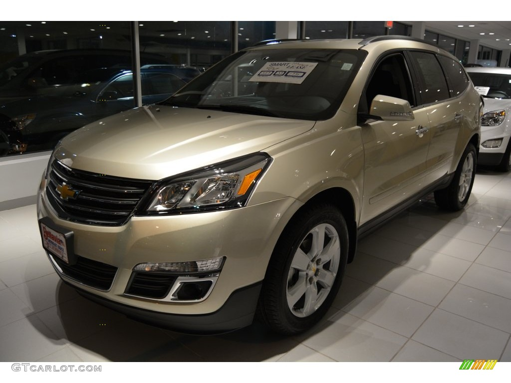 2016 champagne silver metallic chevrolet traverse lt awd. Black Bedroom Furniture Sets. Home Design Ideas