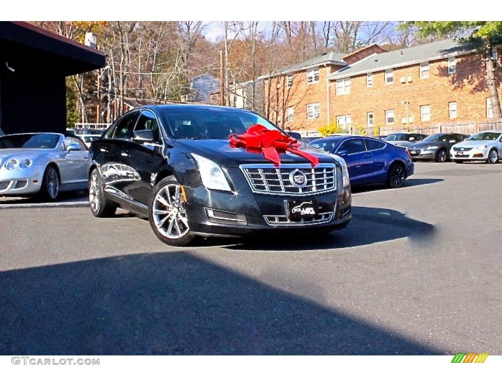 2013 black diamond tricoat cadillac xts w20 livery package 108673556 car color. Black Bedroom Furniture Sets. Home Design Ideas