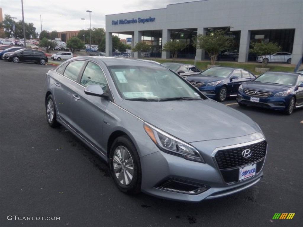 Pewter Gray Metallic Hyundai Sonata Hybrid
