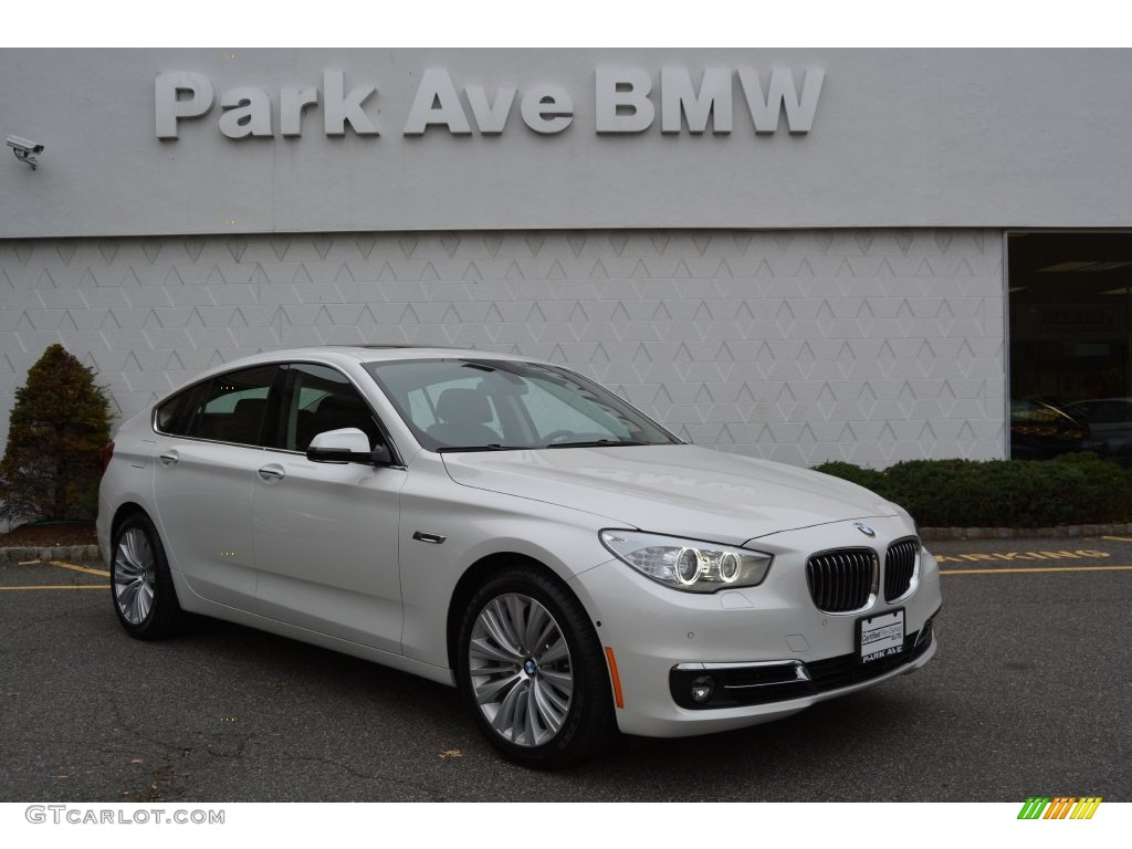2015 Mineral White Metallic Bmw 5 Series 535i Xdrive Gran Turismo