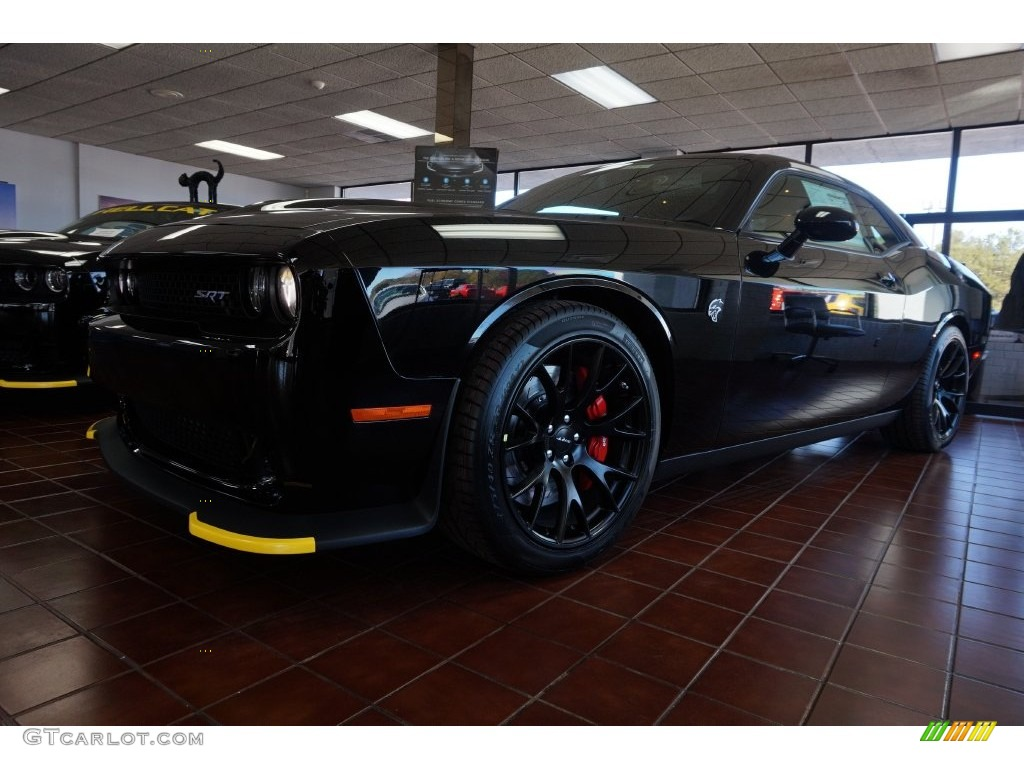 Pitch Black Dodge Challenger Srt Hellcat