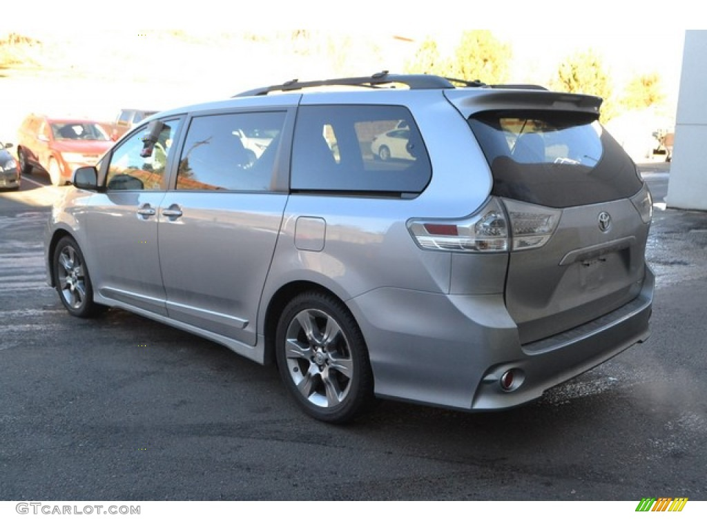 2011 Sienna SE - Silver Sky Metallic / Dark Charcoal photo #4