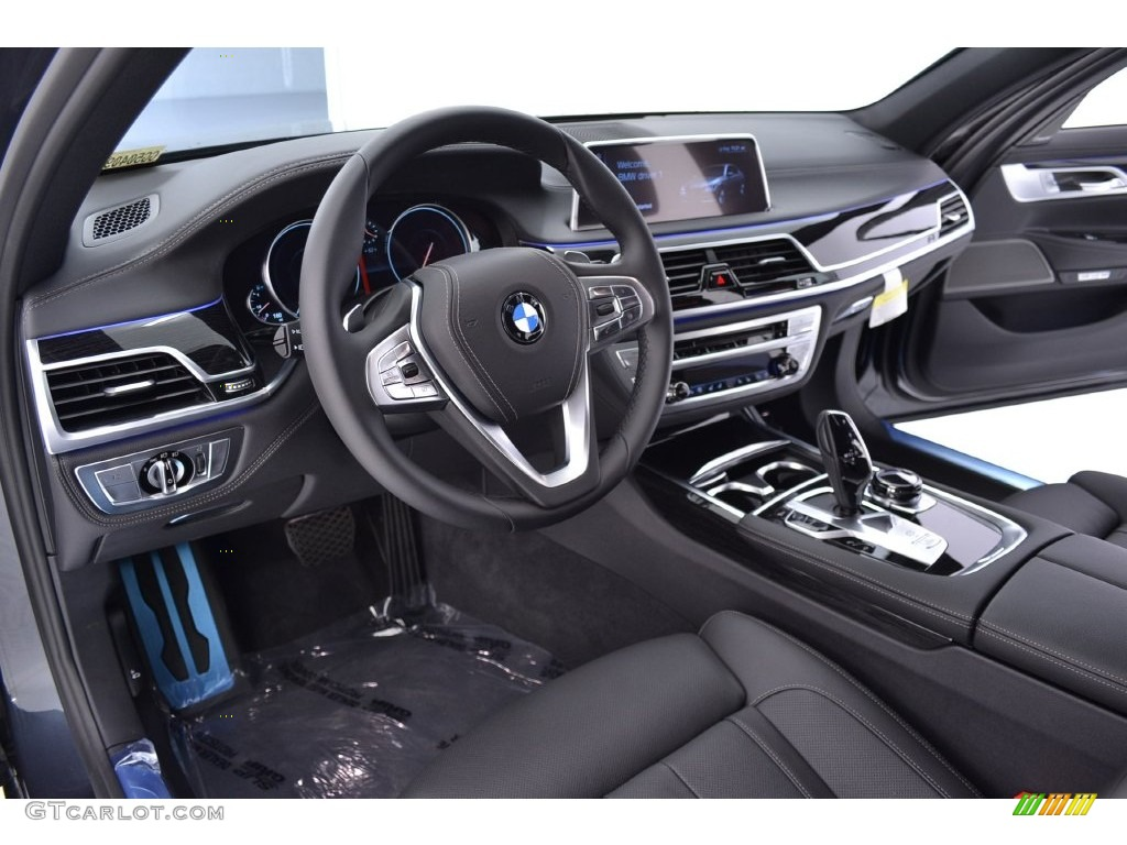 Black Interior 2016 BMW 7 Series 740i Sedan Photo #108985997