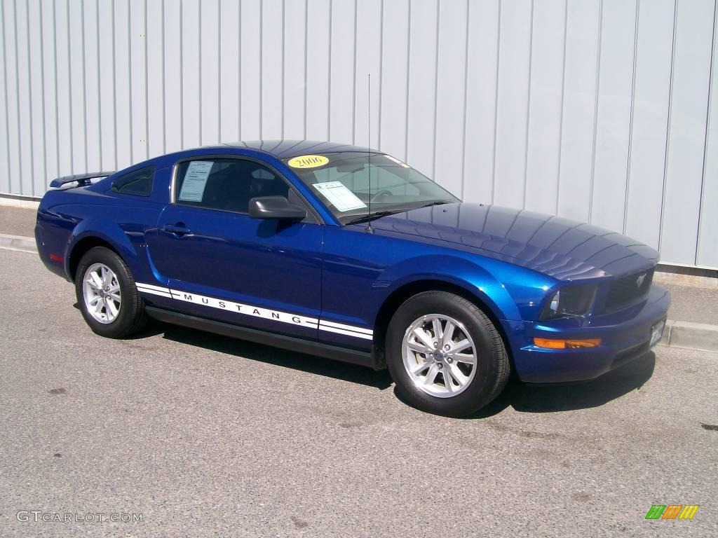 2006 ford mustang gt convertible specs car autos gallery. Black Bedroom Furniture Sets. Home Design Ideas