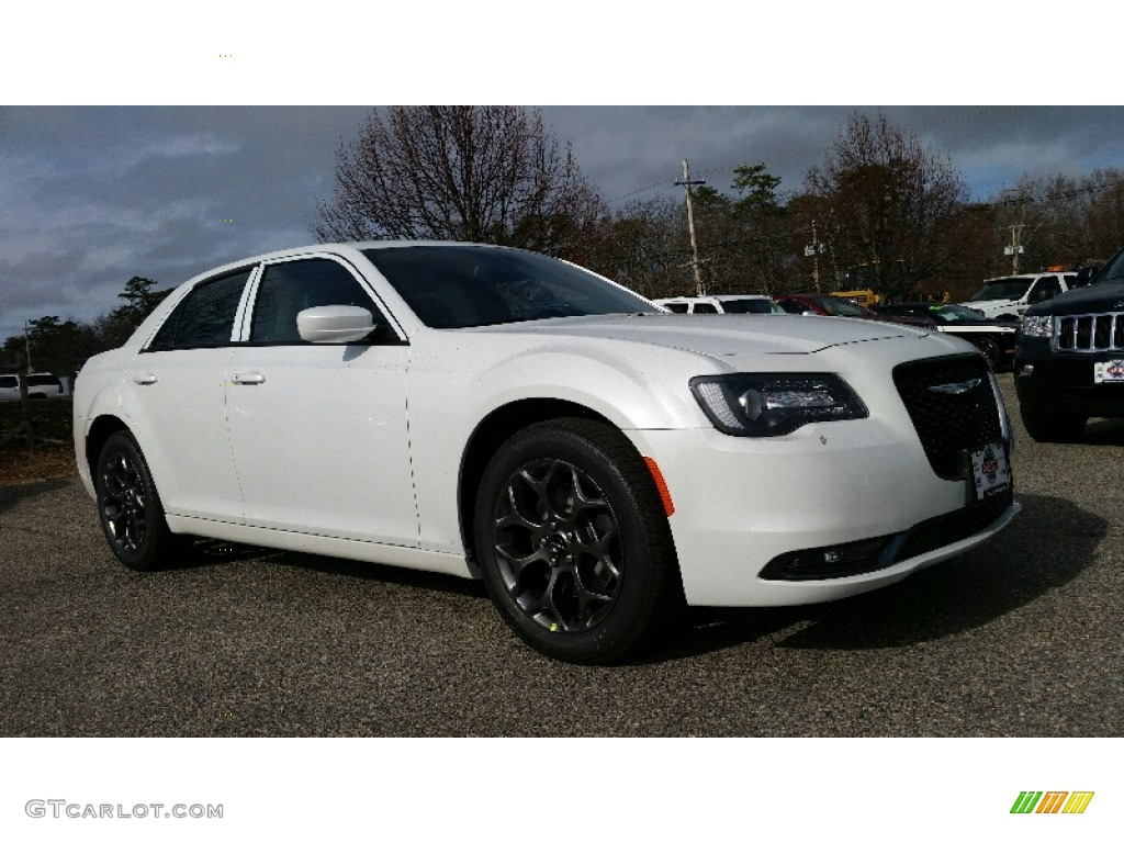 Ivory Tri Coat Pearl Chrysler 300