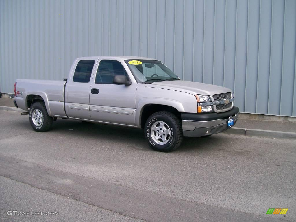 2004 silver birch metallic chevrolet silverado 1500 z71 extended cab 4x4 1085855. Black Bedroom Furniture Sets. Home Design Ideas