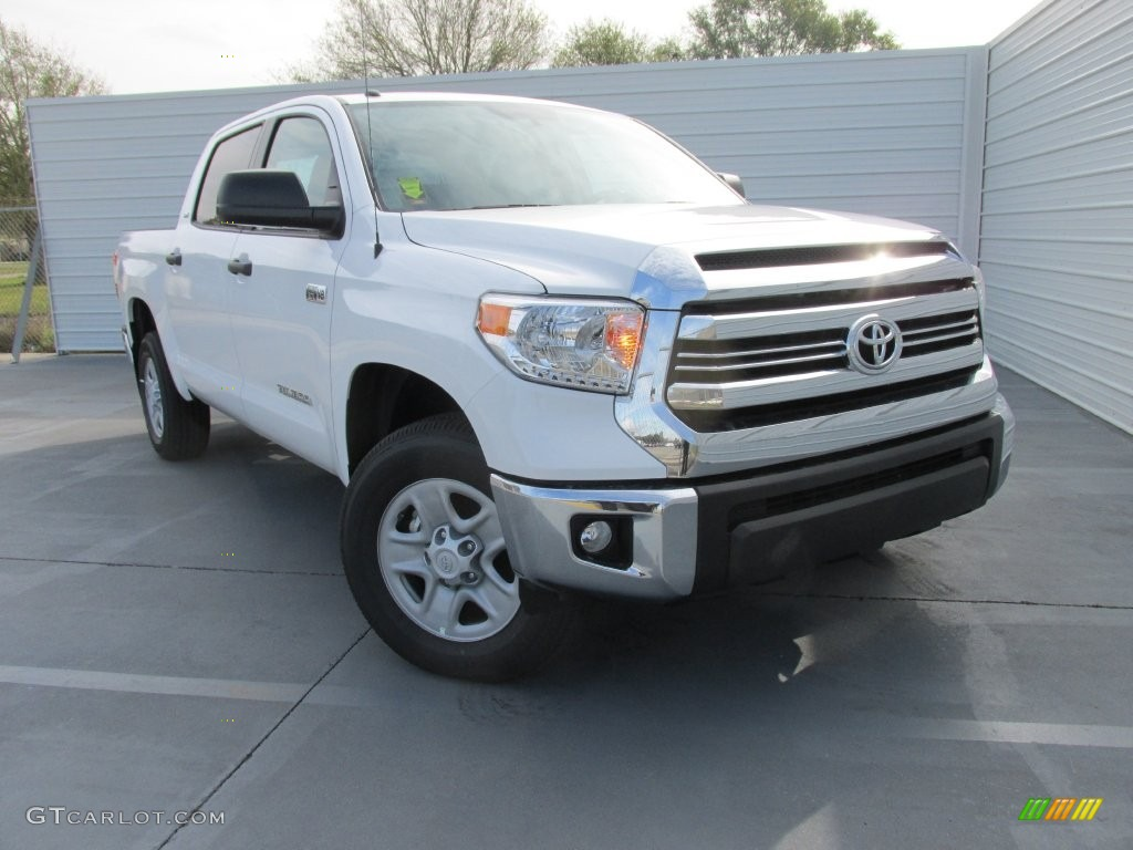2016 Tundra SR5 CrewMax 4x4 - Super White / Graphite photo #1