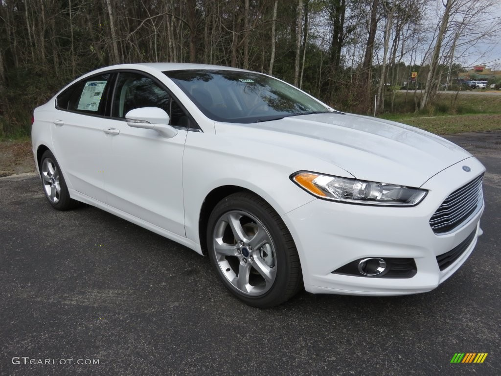 2013 White Ford Fusion Interior >> 2016 Oxford White Ford Fusion SE #109908992 | GTCarLot.com - Car Color Galleries