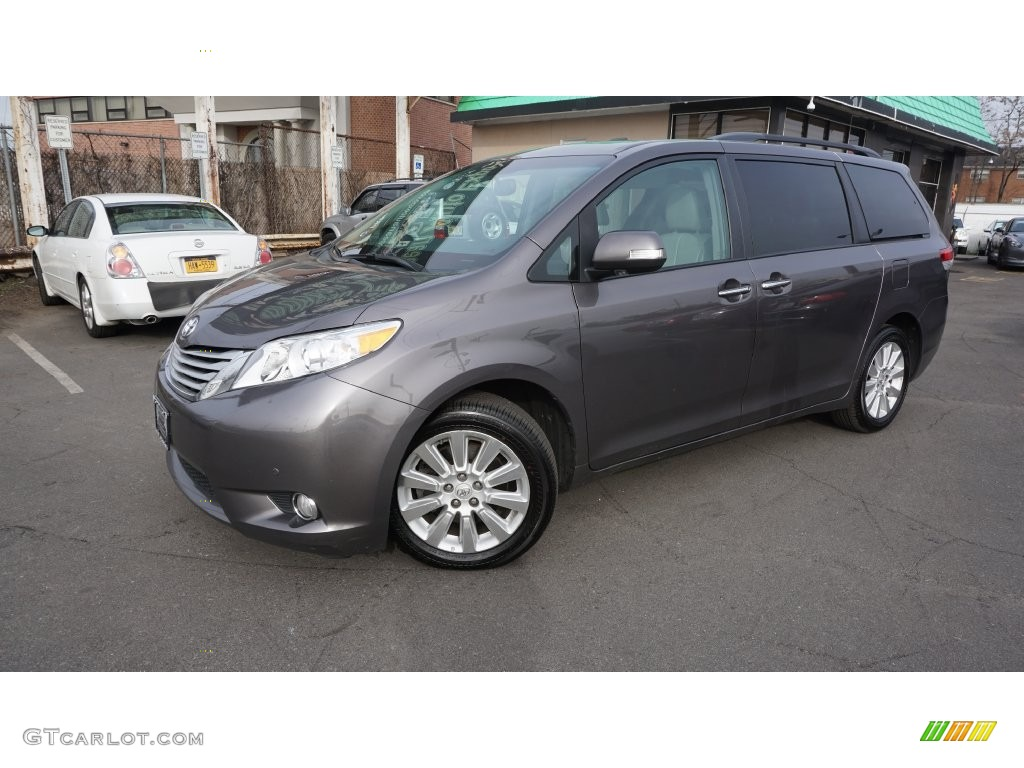 2013 predawn gray mica toyota sienna limited awd. Black Bedroom Furniture Sets. Home Design Ideas
