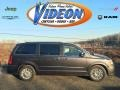 Granite Crystal Metallic 2016 Chrysler Town & Country Limited