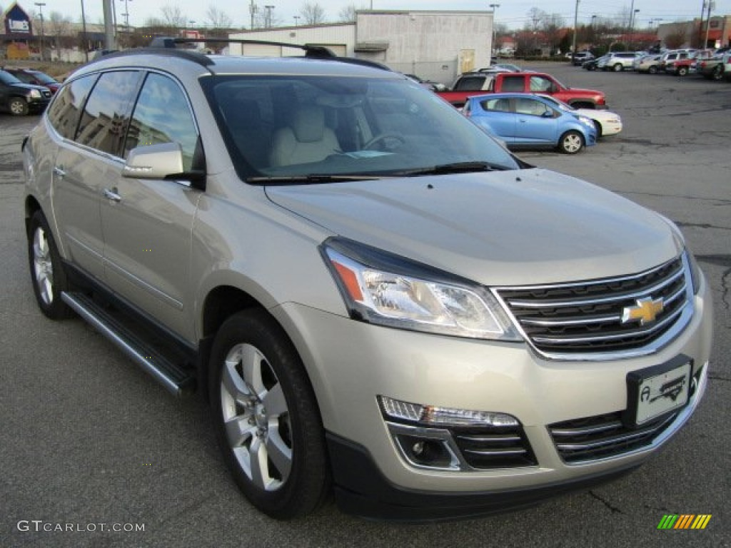 2013 champagne silver metallic chevrolet traverse ltz awd. Black Bedroom Furniture Sets. Home Design Ideas