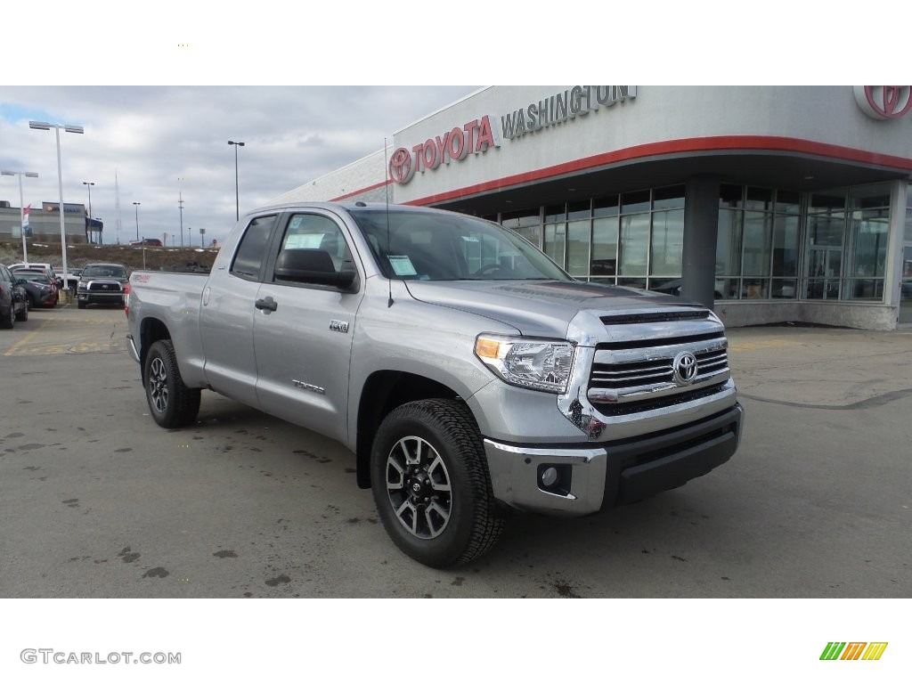 2016 Tundra SR5 Double Cab 4x4 - Silver Sky Metallic / Graphite photo #1