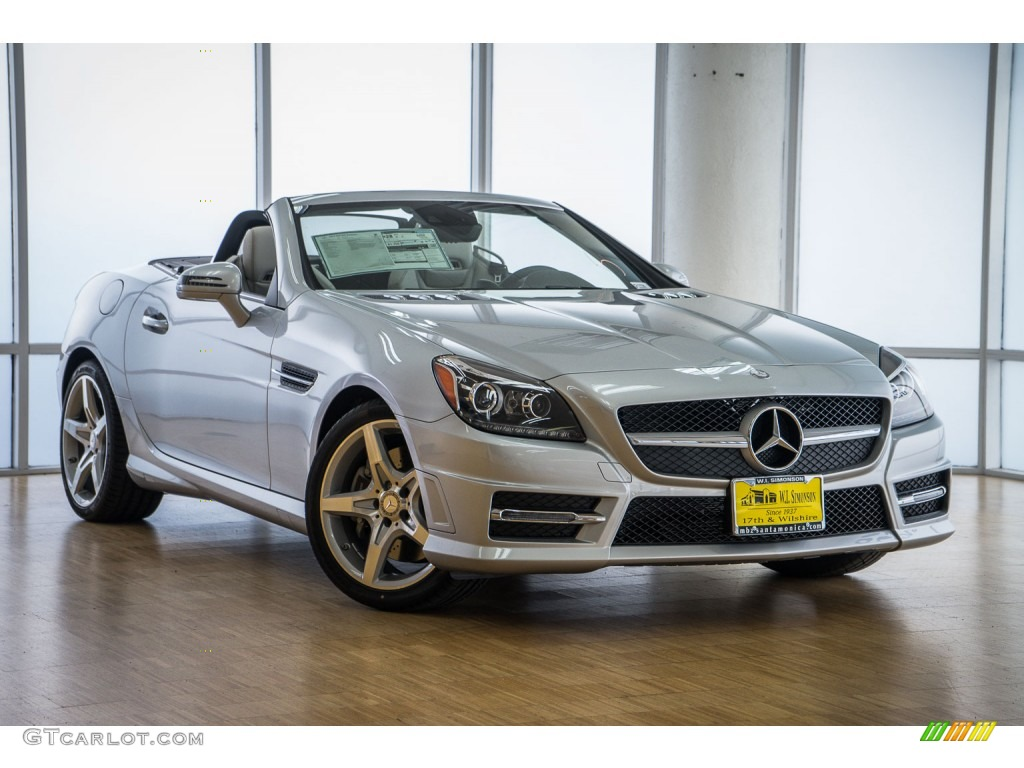 2016 iridium silver metallic mercedes benz slk 300 for Mercedes benz silver