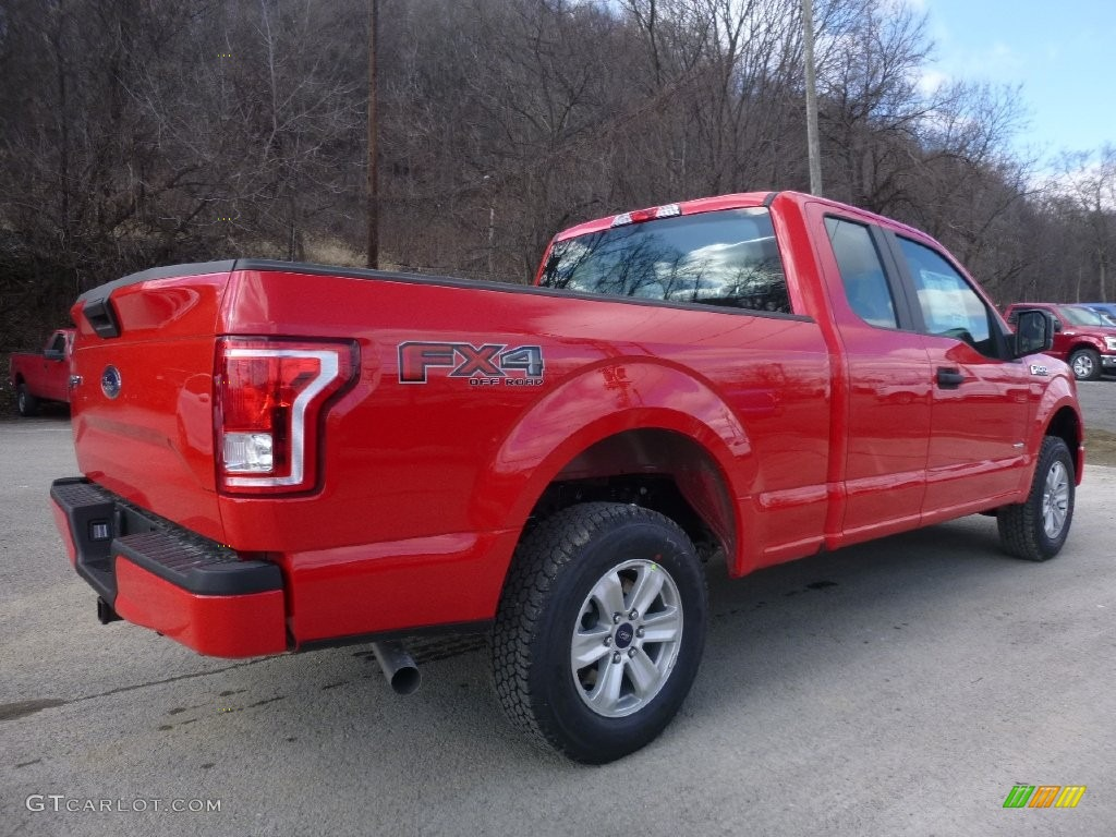 2016 F150 XL SuperCab 4x4 - Race Red / Medium Earth Gray photo #2