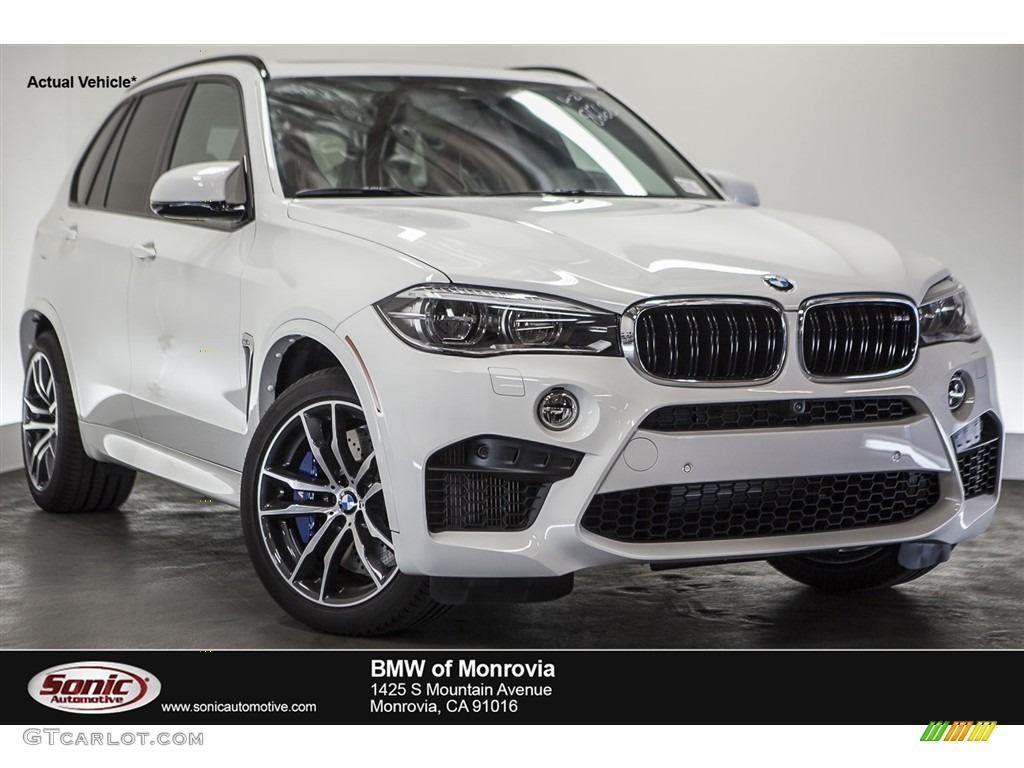 Alpine White BMW X5 M