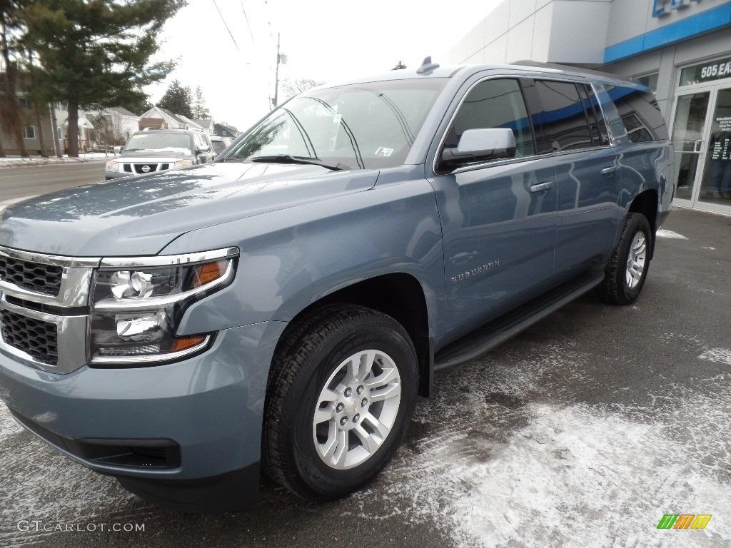 2016 Slate Grey Metallic Chevrolet Suburban Ls 4wd 110911387 Photo 2