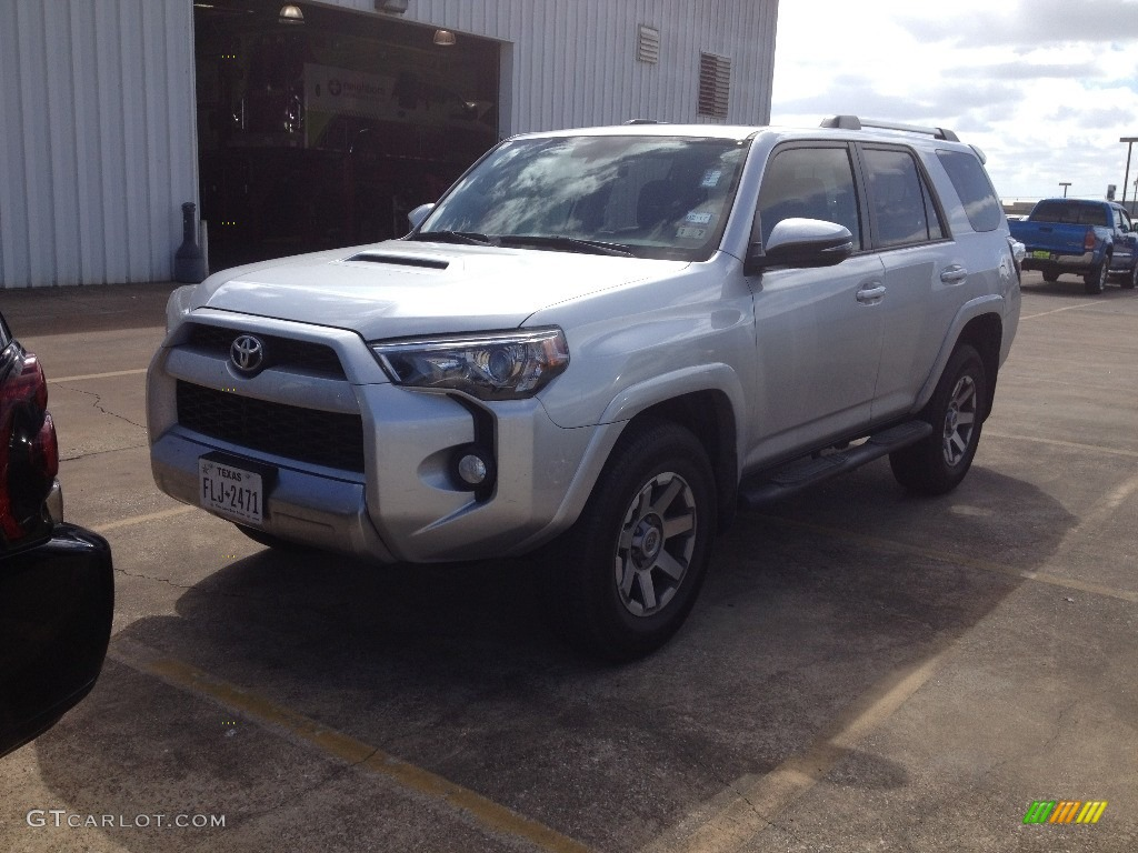 2015 classic silver metallic toyota 4runner trail premium 4x4 110988409 car. Black Bedroom Furniture Sets. Home Design Ideas