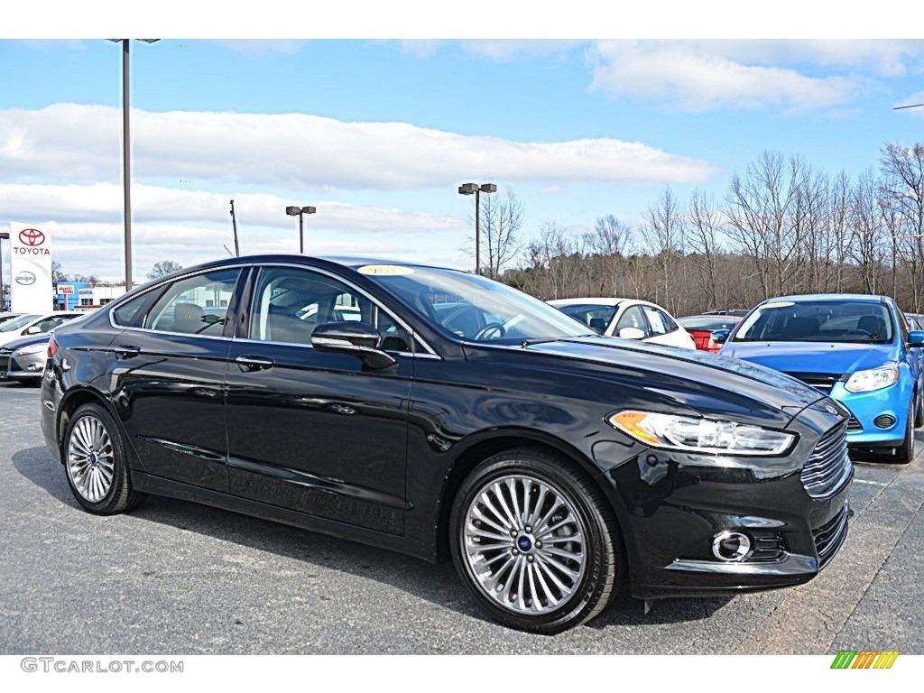 2013 Fusion Titanium - Tuxedo Black Metallic / Charcoal Black photo #1