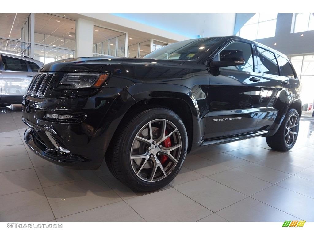 2016 brilliant black crystal pearl jeep grand cherokee srt 4x4 111066260 car. Black Bedroom Furniture Sets. Home Design Ideas