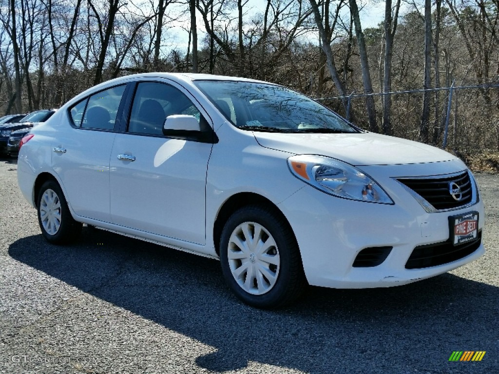 nissan versa 2014 sedan white images galleries with a bite. Black Bedroom Furniture Sets. Home Design Ideas